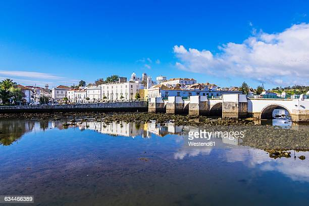 Portugal, Algarve, Tavira, old town and bridge