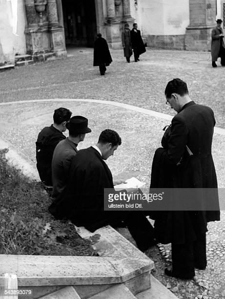 Portugal Centro Coimbra Students during a break in front of the university Photographer Rene Fosshag Published by 'Die Dame' 17/1941Vintage property...