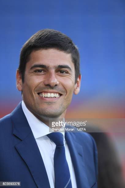 Portugal coach Francisco Neto prior to kick off of the UEFA Women's EURO 2017 Group D match between Portugal and England at Koning Willem II Stadium...