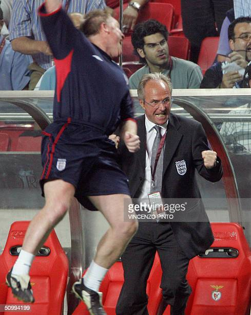 England manager Sven Goran Erikkson celebrates after England midfielder Frank Lampard's gaol in the prolongations 24 June 2004 at the Estadio da Luz...