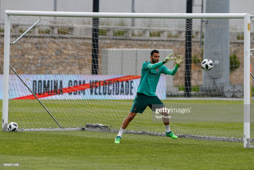 Portugal goalkeeper Rui Patricio during the training session at Cidade do Futebol training camp in Oeiras, outskirts of Lisbon, on May 31, 2018 ahead of the friendly football match against Belgium on June 2.
