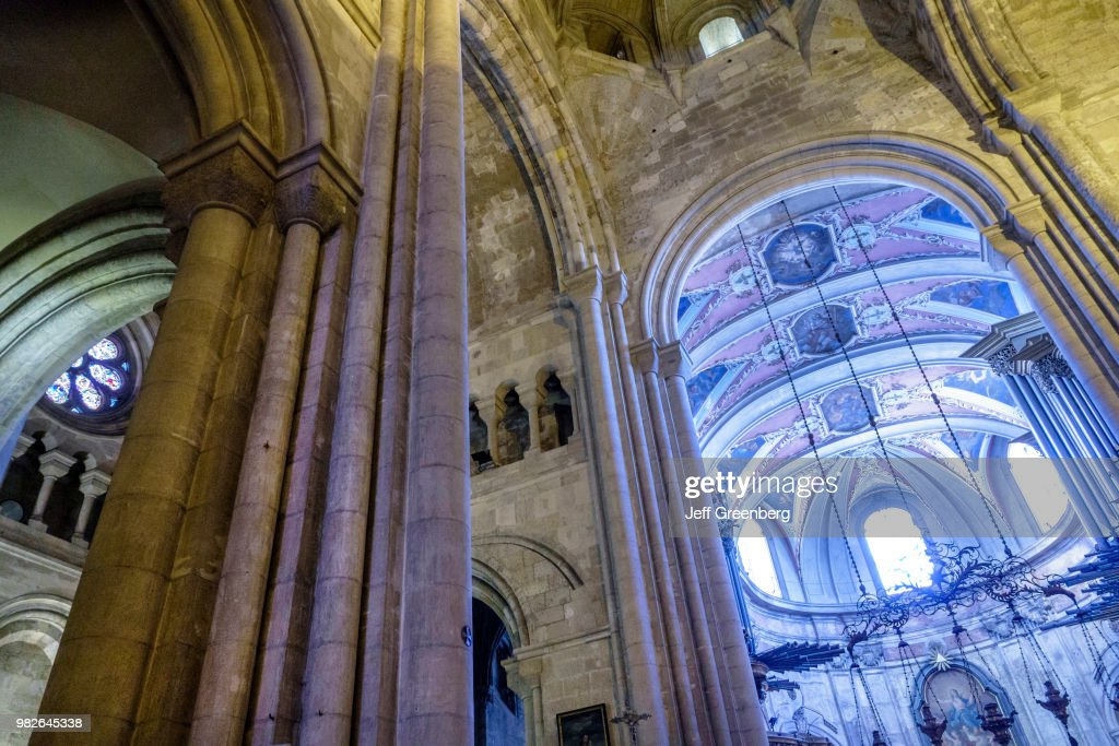 Portugal, Lisbon, Cathedral of St. Mary Major interior and ceiling : News Photo
