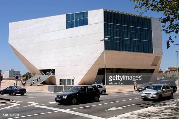 Portugal Norte Porto - concert hall Casa da Musica, architects: Rem Kohlhaas and Ellen van Loon