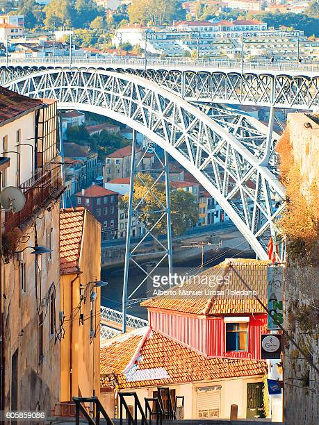 Portugal, Porto, Luiz I Bridge and houses