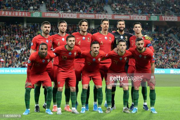 Portugal pose for the cameras prior to kickoff during the UEFA Euro 2020 Qualifier match between Portugal and Lithuania at Algarve Stadium on...