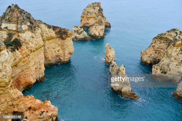 la Ponta da Piedade cliffs and rocks along the coast
