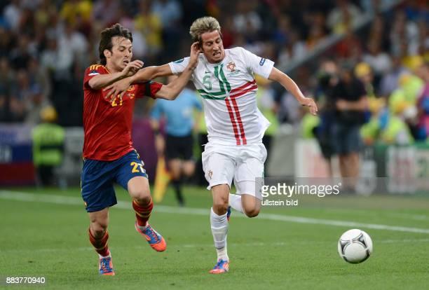 FUSSBALL EUROPAMEISTERSCHAFT Portugal Spanien David Silva gegen Fabio Coentrao