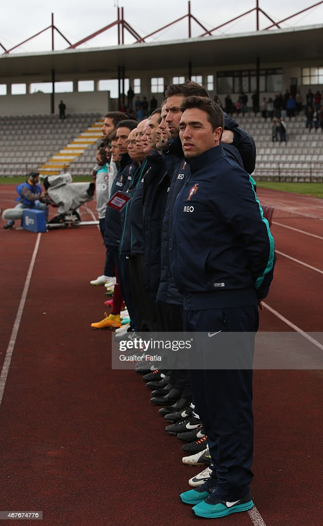 Portugal's coach Rui Jorge with team during the U21 International Friendly between Portugal and Denmark on March 26, 2015 in Marinha Grande, Portugal.