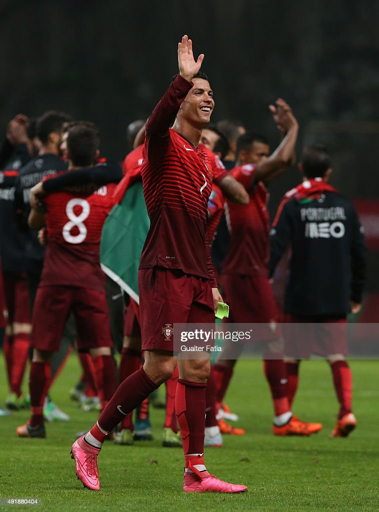 Portugal v Denmark - UEFA EURO 2016 Qualifier : News Photo
