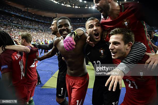 Portugal's goalkeeper Rui Patricio Portugal's midfielder William Carvalho Portugal's goalkeeper Anthony Lopes ans Portugal's defender Cedric Soares...