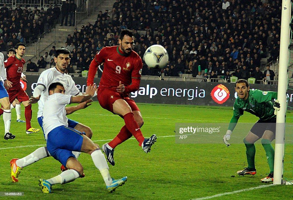 Portugal's national football team forward Hugo Almeida (2nd R) is in action against Azerbaijan's national football team during their 2014 World Cup qualifying football match at Tofig Bahramov stadium in the Azerbaijan's capital Baku, on March 26, 2013.