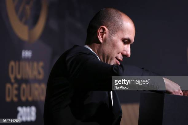 Portuguese coach Leonardo Jardim poses at 'Quinas de Ouro' ceremony held at Pavilhao Carlos Lopes in Lisbon on March 19 2018