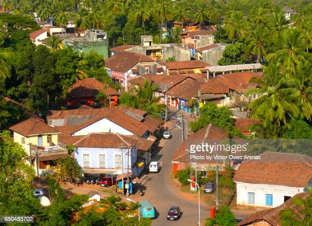 portuguese colonial architecture in the fontainhas district in panjim, goa, india - panjim stock photos and pictures