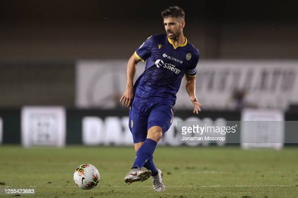 Portuguese midfielder Miguel Veloso of Hellas Verona drives the ball during the Serie A match between Hellas Verona and FC Internazionale at Stadio...
