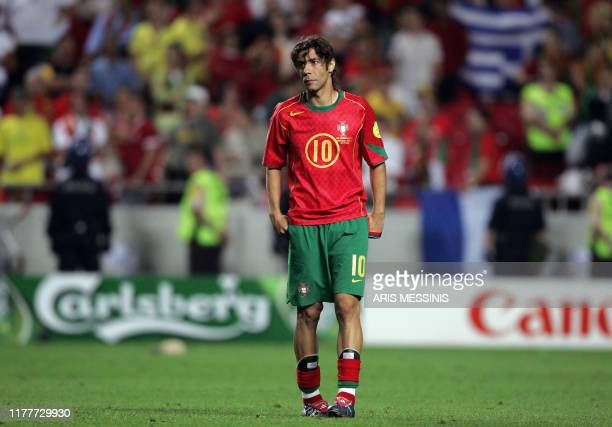 Portuguese midfielder Rui Costa looks dejected, 04 July 2004 at the Luz stadium in Lisbon after the Euro 2004 final football match between Portugal...