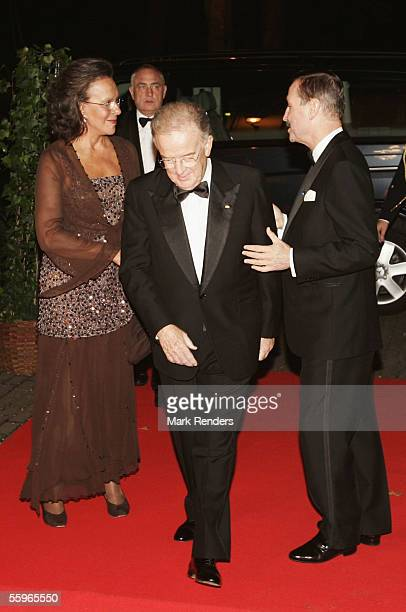 Portuguese President Jorge Sampaio and his wife Maria Jose Ritta arrive at a reception at the Cercle Gaulois in Brussels on October 19 2005 in the...