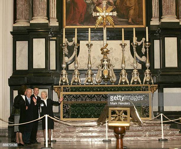 Portuguese President Jorge Sampaio and his wife Maria Jose Ritta vist the Cathedral on October 20 2005 in Antwerp BelgiumThe President of the...