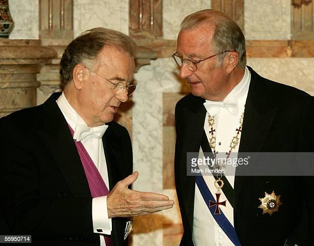 Portuguese President Jorge Sampaio and King Albert of Belgium pose before the gala dinner at Laeken Castle October 18 2005 in Brussels Belgium...