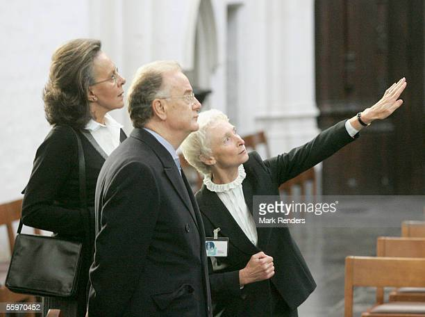 Portuguese President Jorge Sampaio his wife Maria Jose Ritta and guest visit the Cathedral on October 20 2005 in Antwerp BelgiumThe President of the...
