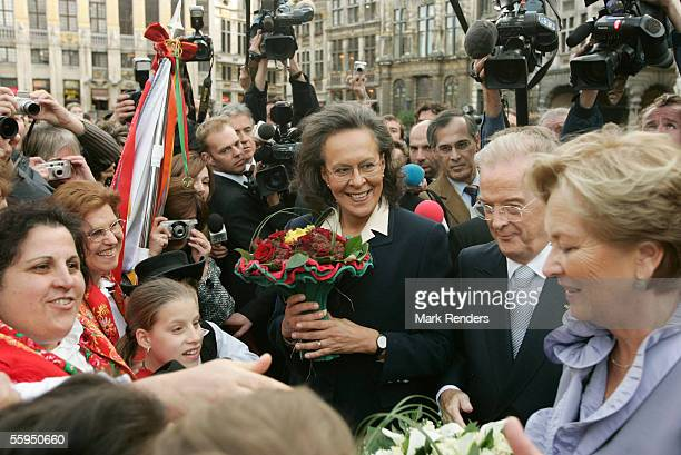 Portuguese President Jorge Sampaio his wife Maria Jose Ritta Queen Paola and King Albert are welcomed at the Grand Place in front of Town Hall...