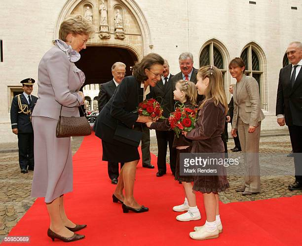 Portuguese President Jorge Sampaio his wife Maria Jose Ritta Queen Paola and King Albert are welcomed at Town Hall October 18 2005 in Brussels...
