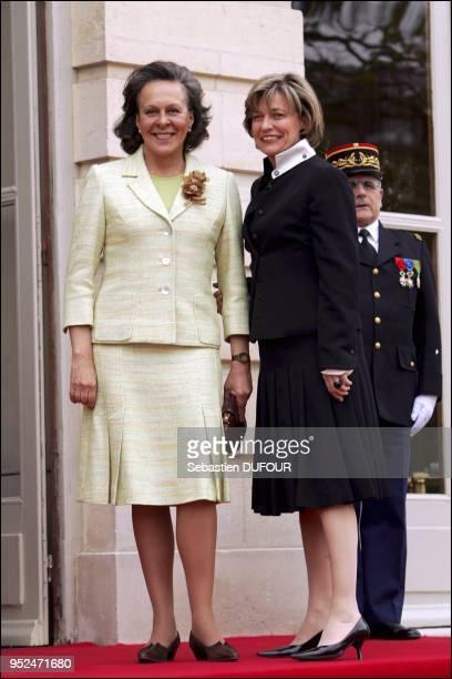 Portuguese President Jorge Sampaio's wife Maria Jos Ritta AnneMarie Debre