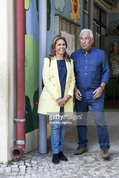 Portuguese Prime Minister and general secretary of the Socialist Party, Antonio Costa together with his wife Fernanda Tadeu are seen after casting...