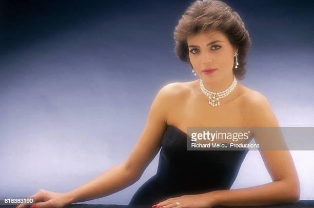 Portuguese Singer Linda de Suza