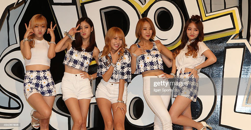 TAHITI pose for photographs during the MBC Music 'Idol School' press conference at Digital Magic Space on August 26, 2014 in Seoul, South Korea.
