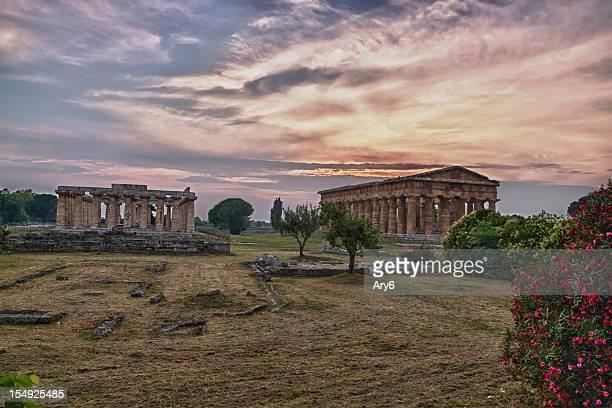 tempio di poseidone (paestum, italia) hdr - archeologia foto e immagini stock