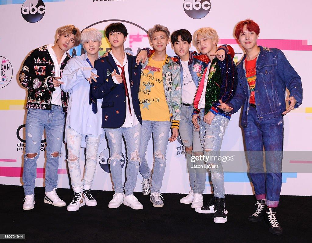 2017 American Music Awards - Press Room : News Photo