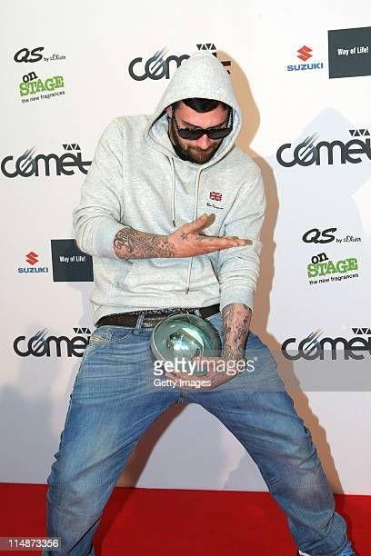 SIDO poses with the award the VIVA Comet 2011 Awards at KoenigPilsner Arena on May 27 2011 in Oberhausen Germany