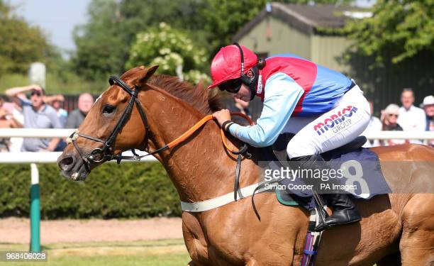 Posh Totty ridden by Bryony Frost go on to win The Michael Plant Memorial Novices' Handicap Steeplechase at Uttoxeter Racecourse