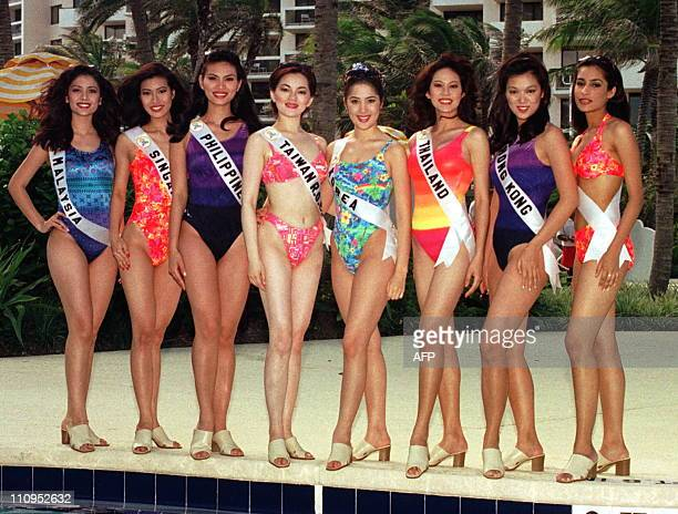 Posing for photographers Miss MalaysiaTrincy Low Miss Singapore Tricia Tan Miss Philippines Abbygale Arenas Miss Taiwan ROC Chiou Hai Ta Miss Korea...