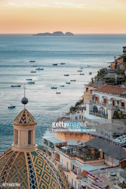 positano, amalfi coast, campania, sorrento, italy. - sorrento italy stock pictures, royalty-free photos & images