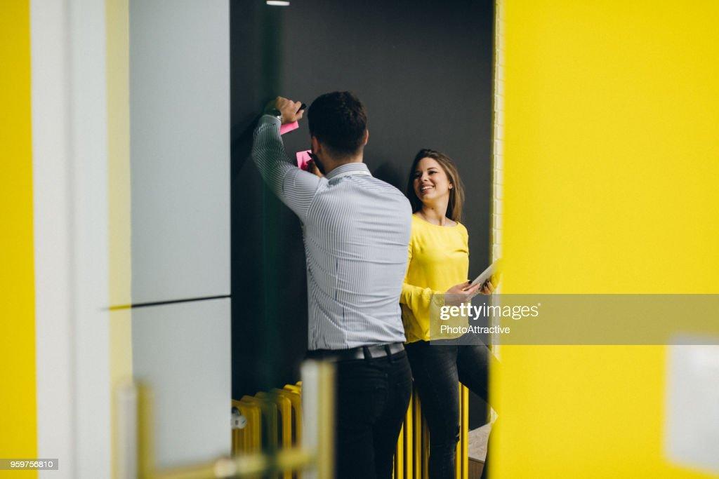 Positivität inspiriert Produktivität : Stock-Foto