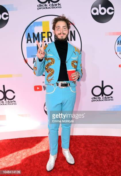 Post Malone attends the 2018 American Music Awards at Microsoft Theater on October 9, 2018 in Los Angeles, California.