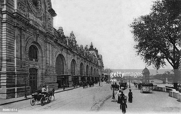 Postcard from the New Orlean station known as the Gare du Quai d'Orsay now the Musee d'Orsay and the Quai d'Orsay Paris 1914