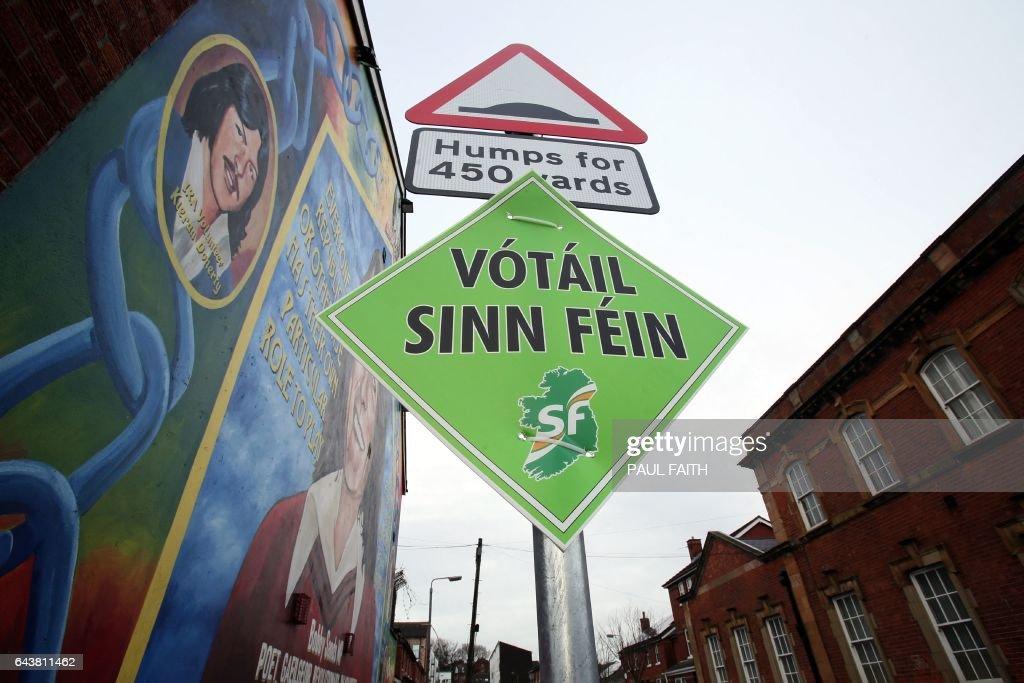 NIRELAND-BRITAIN-POLITICS-VOTE : News Photo