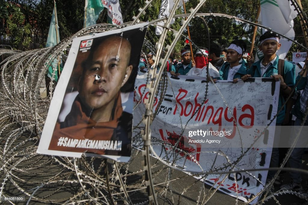 Protest against Myanmar's oppression towards Rohingya Muslims in Indonesia : News Photo