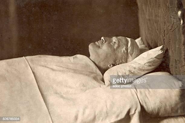Post-mortem portrait of Pope Pius IX . On February 8, 1878.