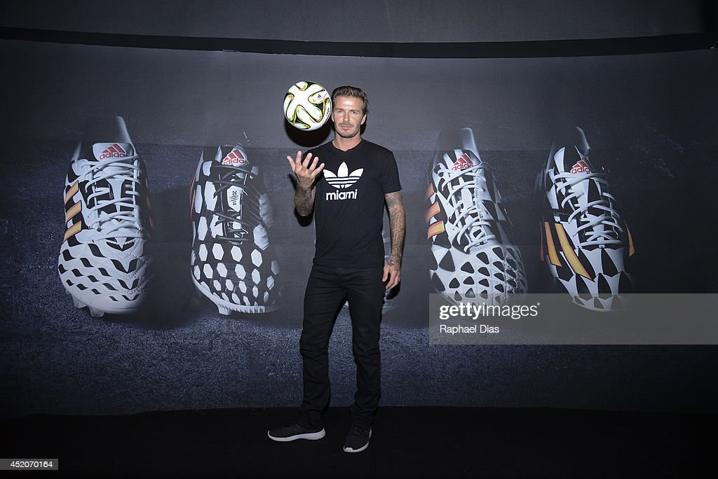 Posto adidas - YouTube Live TV Show and Press Conference with guest David Beckham : News Photo