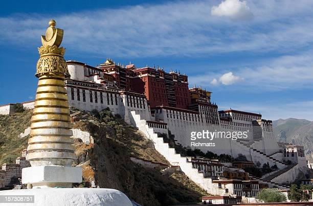 potala palace. tibet. - stupa stock pictures, royalty-free photos & images
