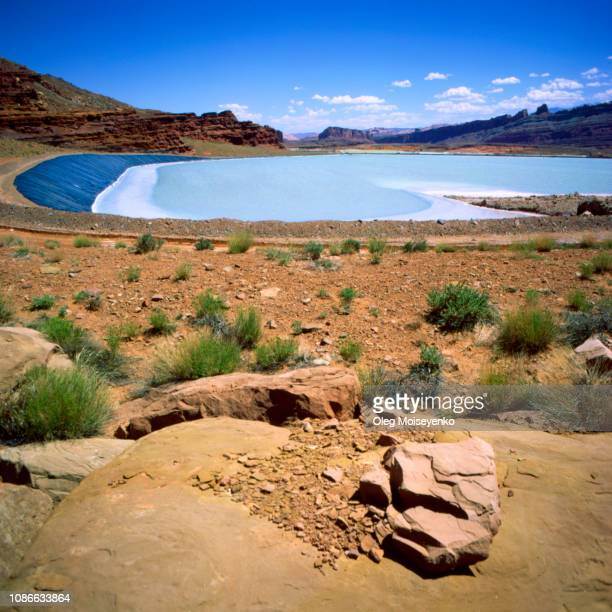 potash evaporation ponds in utah, usa - potash stock pictures, royalty-free photos & images