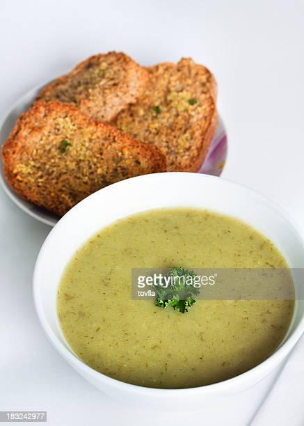 potato & leek soup - leek stock pictures, royalty-free photos & images