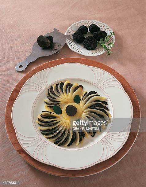 Potato and black truffle fans