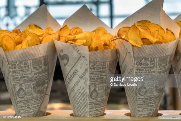 potato chips for sale at zaventem airport - capital region stock pictures, royalty-free photos & images