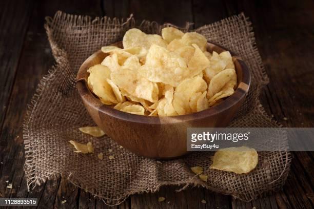 ポテトチップス - 塩味スナック ストックフォトと画像