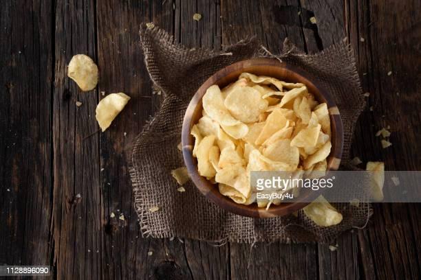 ポテトチップス - ポテトチップス ストックフォトと画像