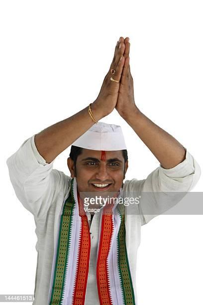 potrait of an indian politician - indischer politiker stock-fotos und bilder